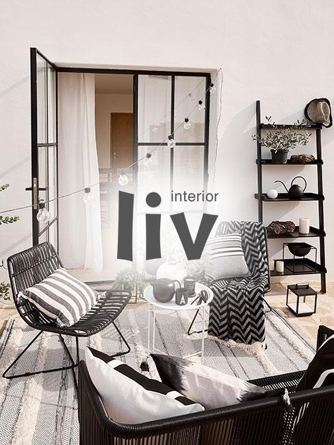 liv interior Teppich in einem Wohnzimmer mit moderner Einrichtung