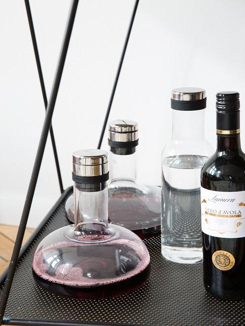 Wein Dekanter auf Bar
