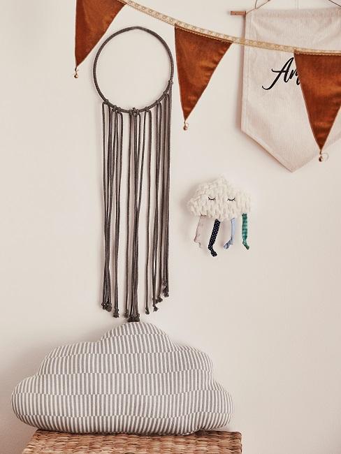 Wanddekoration im Babyzimmer für einen Jungen