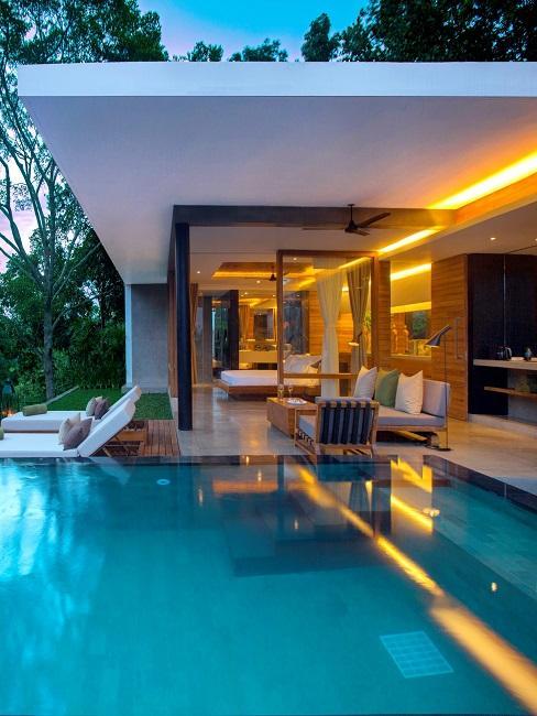 Haritha Villa pool Außenansicht