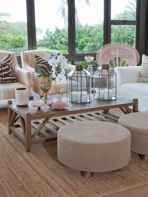 Salon exterieur avec tapis en jute