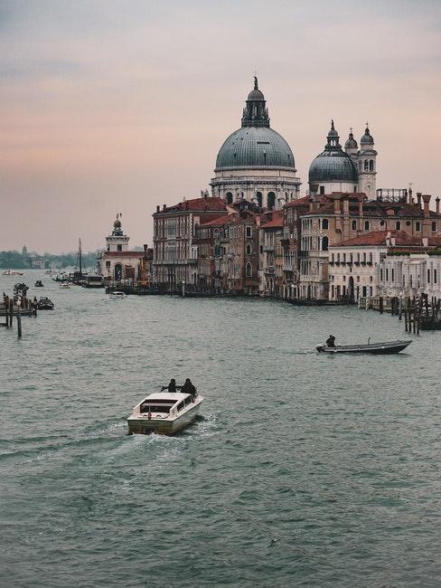 tadao ando venezia