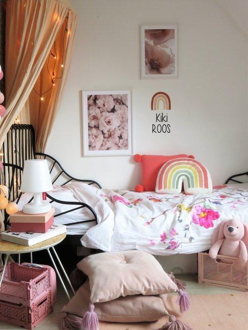 Slaapkamer met kleurrijke accessoires Lieks Home
