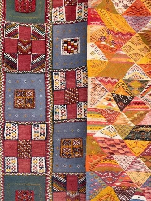 Dwie narzuty w stylu patchwork