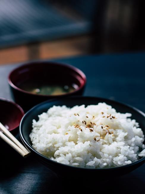 Przygotowany ryż do sushi
