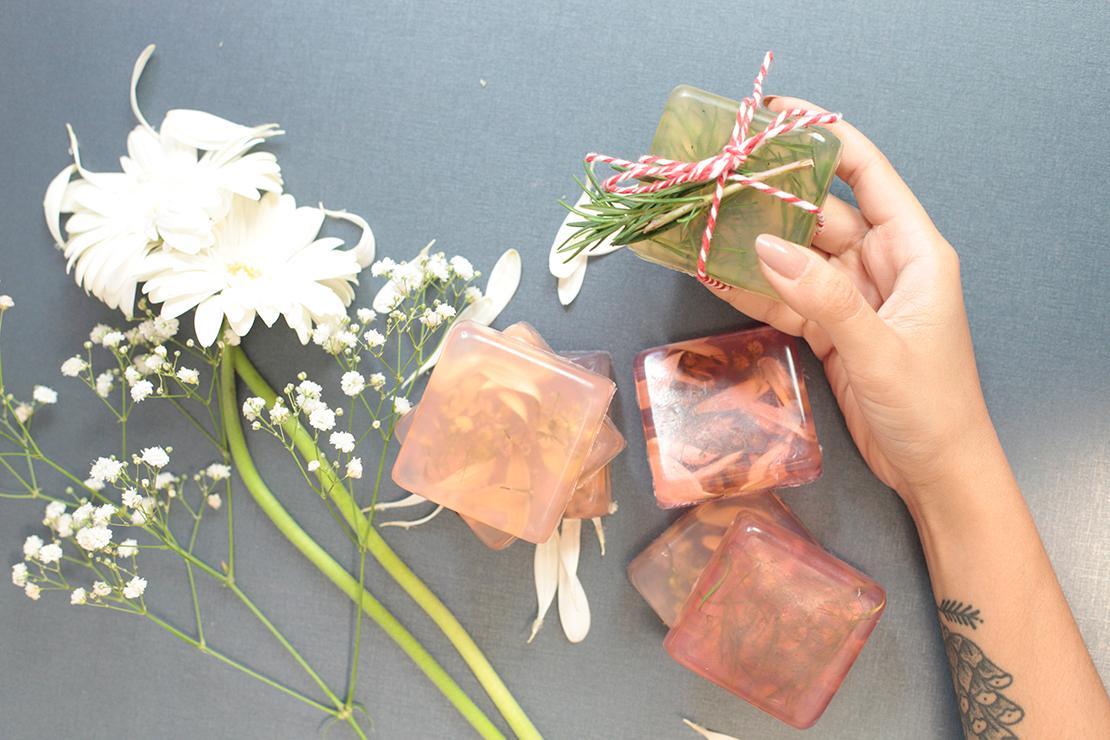 Jabón con flores final
