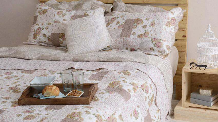Venkovské postele