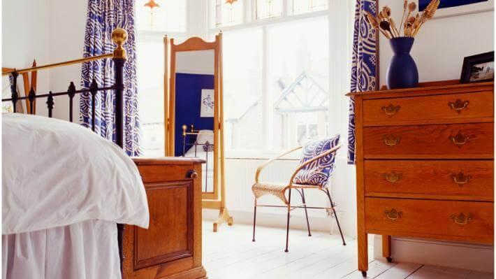 dekoracje okien zasłony we wzory