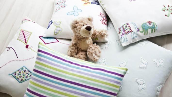 poduszki do pokoju dla chłopca