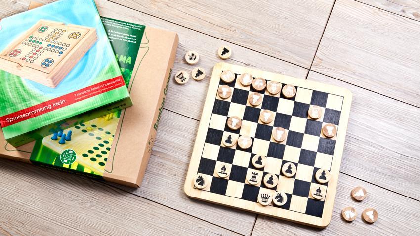 Stół do gier planszowych