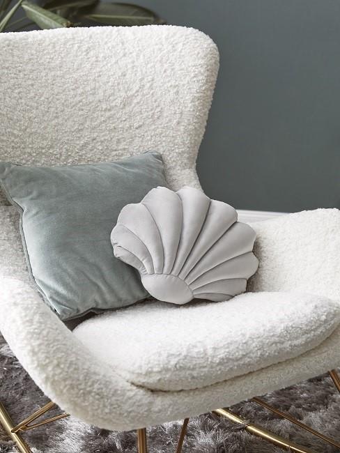 Shells decorative cushion chair