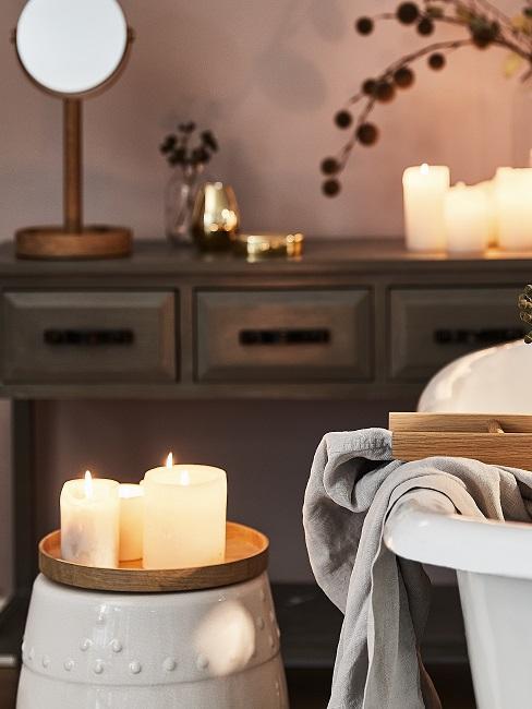 Entspannen Badezimmer mit Kerzen