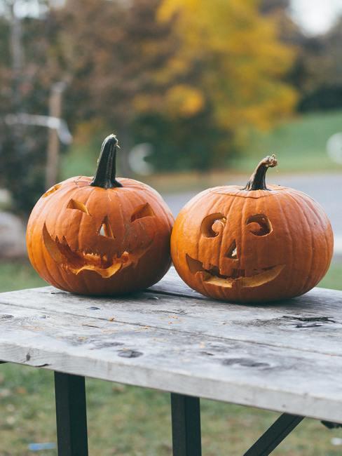 Dynie ozdobione na Halloween