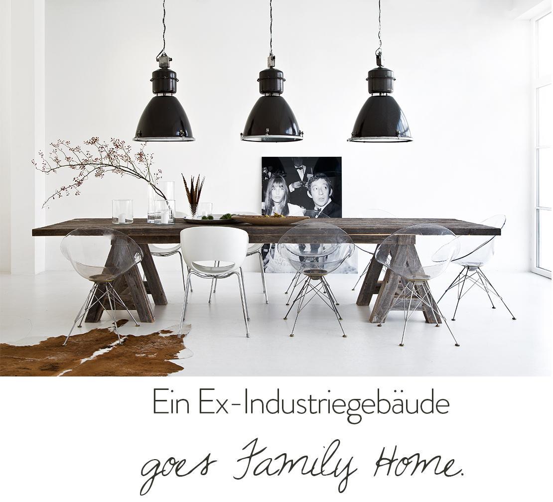 Blog Liebesbotschaft Esstisch Holz industrial Lampen