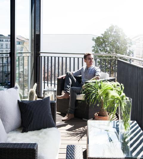 Zu Hause in Berlin bei Sebastian Freitag