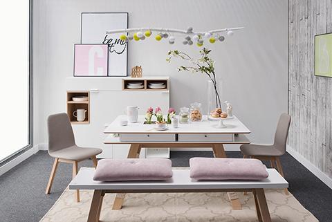 Une table, trois styles déco