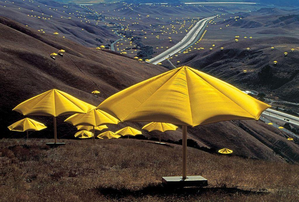 The Umbrellas, USA/Giappone (1984/1991) ©Robert and Talbot Trudeau 2012