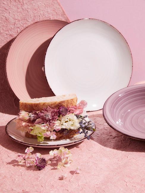 Zomer decoratie servies pasteltinten oud roze