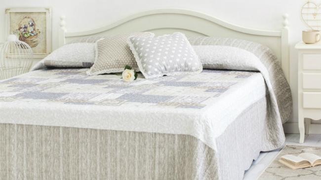 Schlafzimmer einrichten mit dezenten Farben