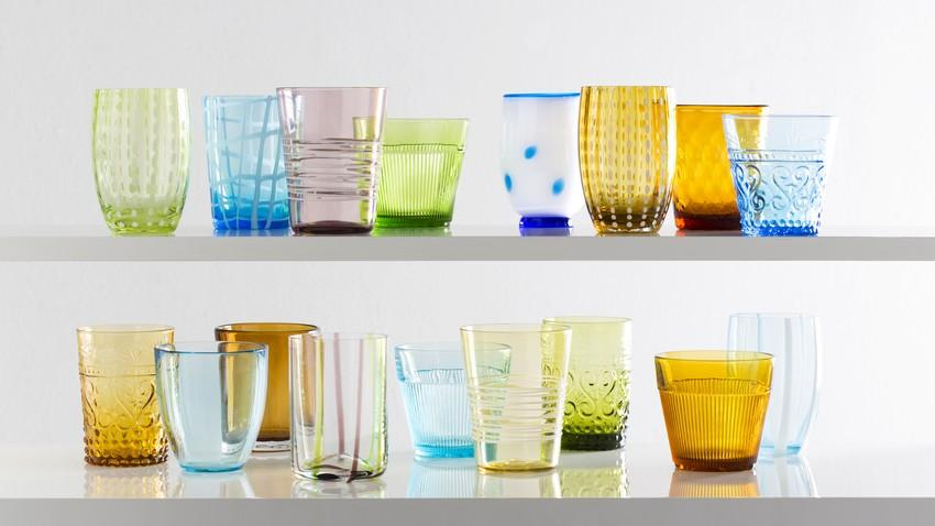 vasos de cristal de colores