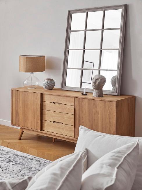 Sideboard in Holz mit großem Spiegel und Dekoelementen