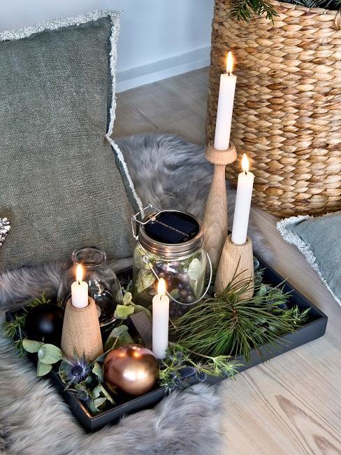 Gläser dekorieren Weihnachten Kerzen Licht