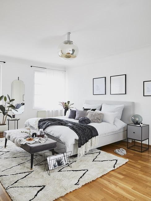 Schlafzimmer in Grau und Weiß im Scandi Style