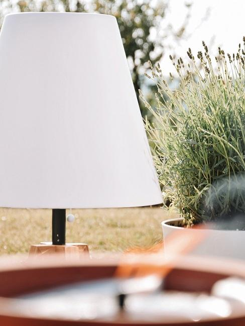 Gartenbeleuchtung in Nahaufnahme