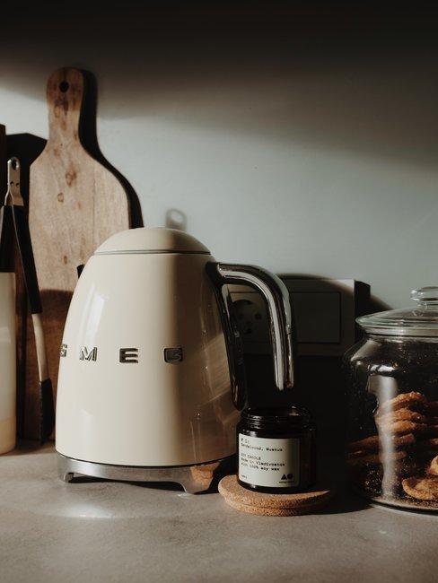 Smeg waterkoker met keukenaccessoires kalk verwijderen