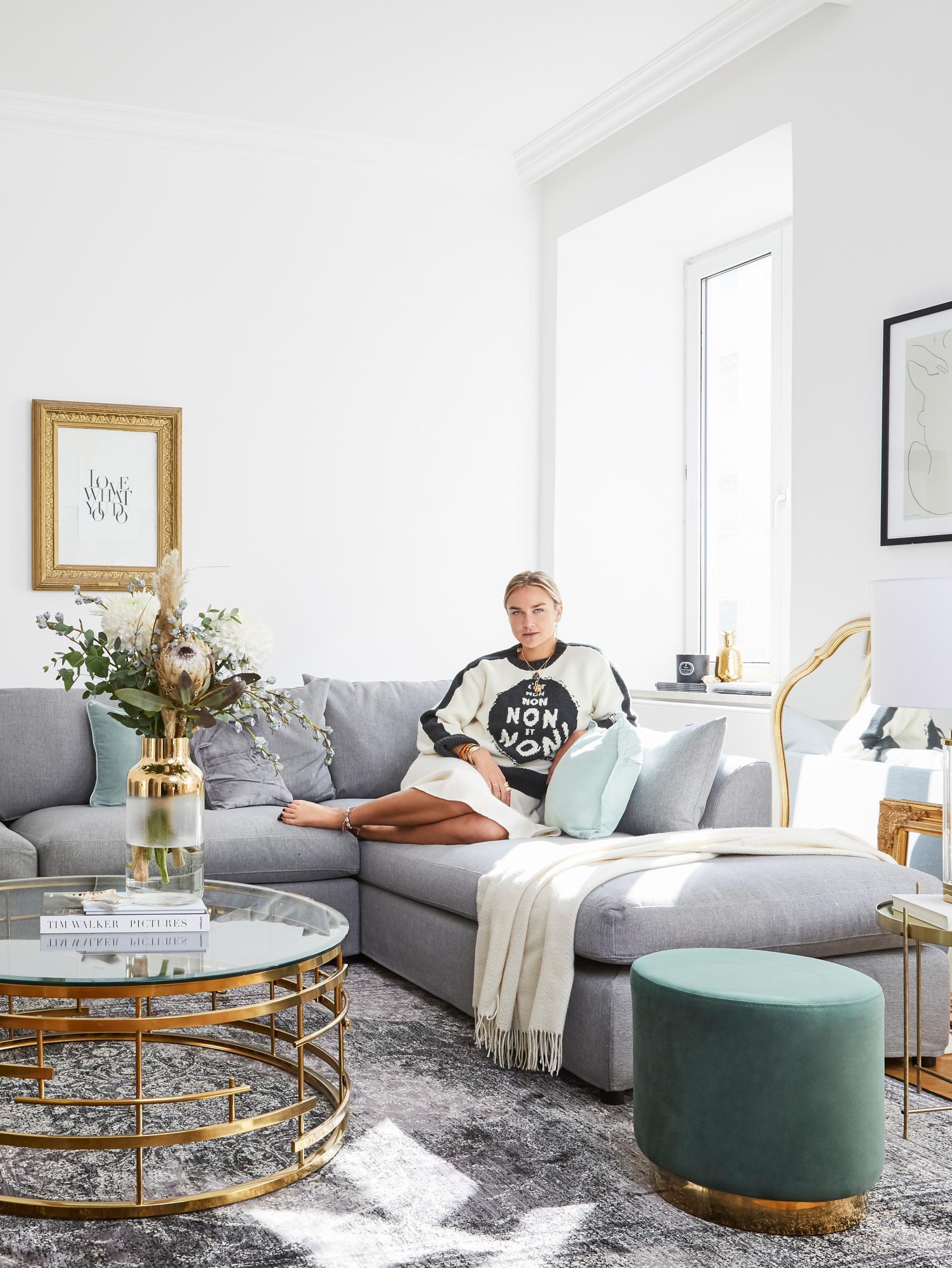 Wohnzimmer der Influencerin Nina Süß
