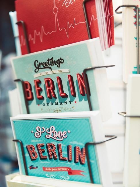 bunte Postkarten aus Berlin