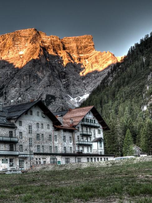 hotel en montaña