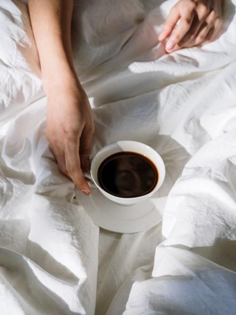 desayuno de cafe en cama