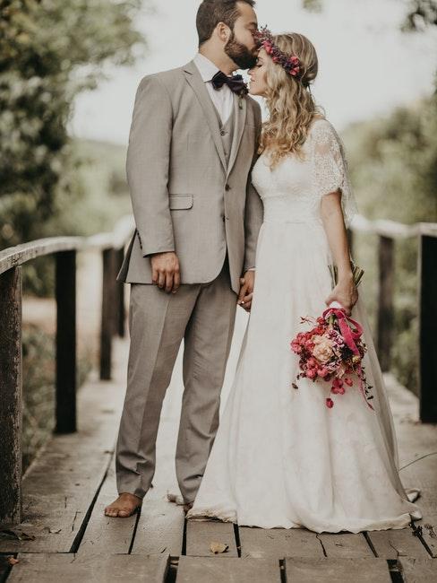 corona di fiori matrimonio