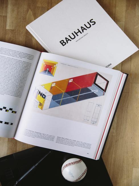 Een gids voor het inrichten van een appartement in Bauhaus stijl.