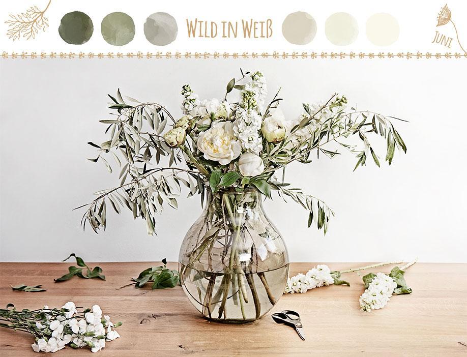 DIY-Westwing-Strauß-des-Monats-Farbkare-Wild-in-Weiß
