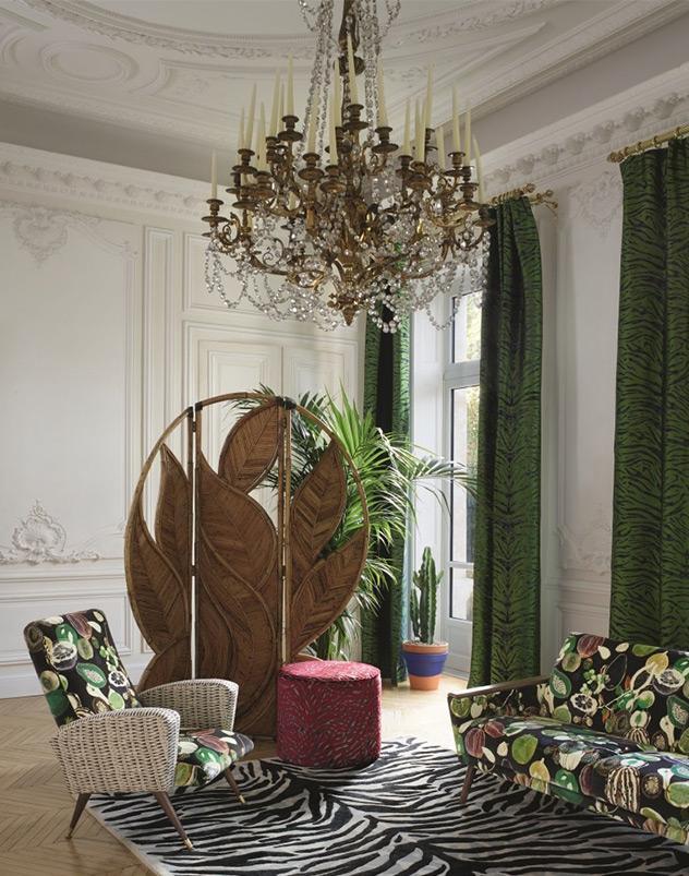 Christian Lacroix viste la casa de exotismo