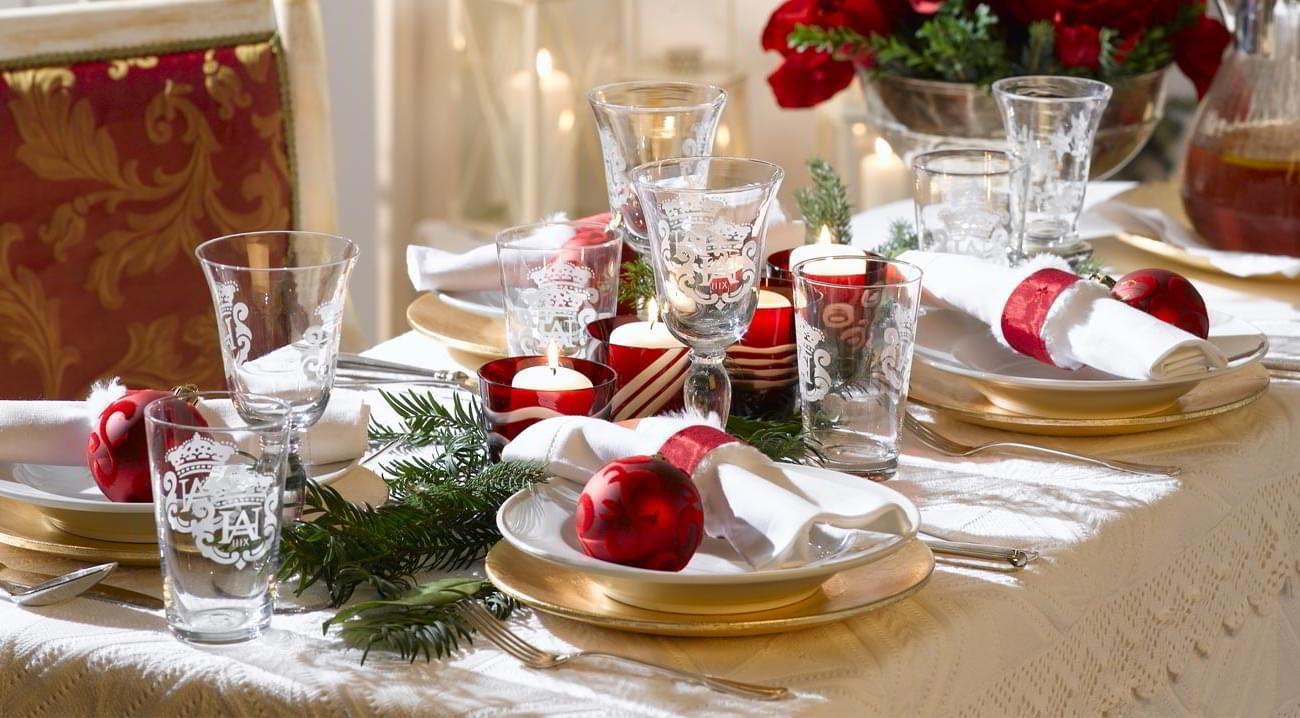 Decorazioni Natalizie Tavola.Come Decorare La Tavola Di Natale Westwing Magazine