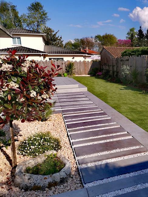 Moderní-předzahrádka-zahrada-2