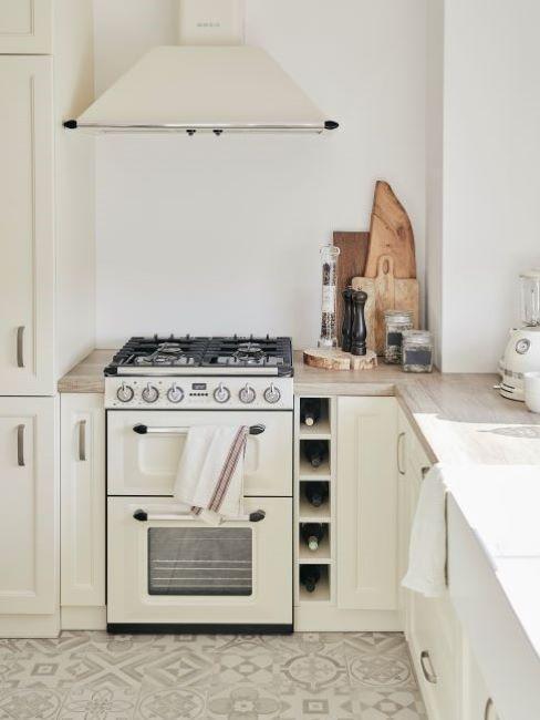 Malá-kuchyně-do-paneláku