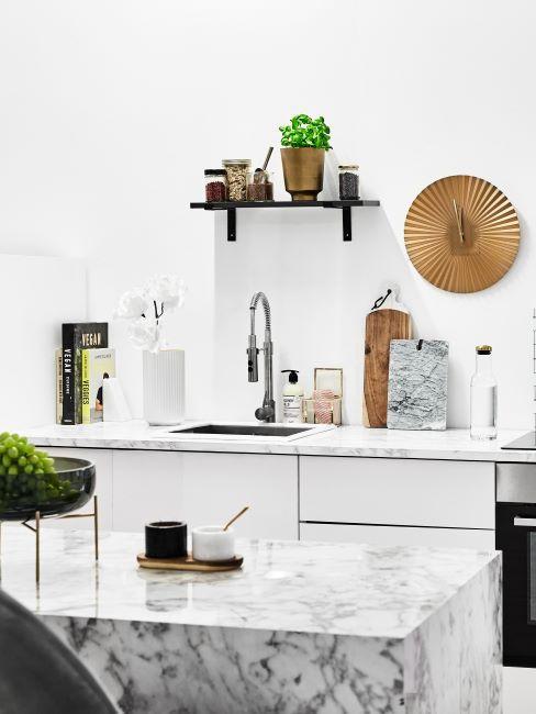 Mramorová-deska-v-kuchyni-2-1
