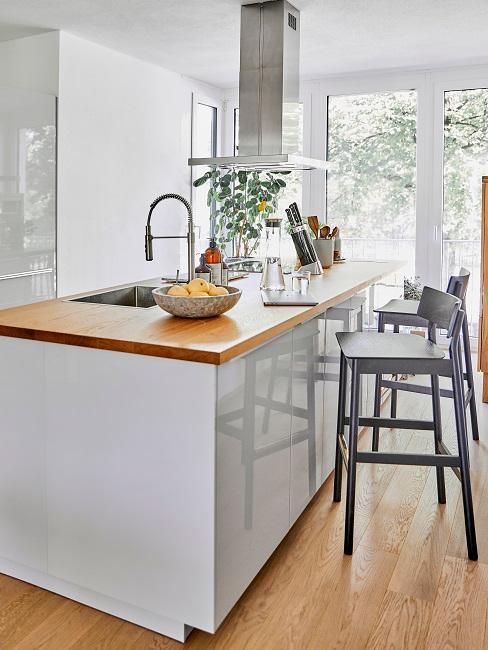 Moderní-luxusní-kuchyně-2