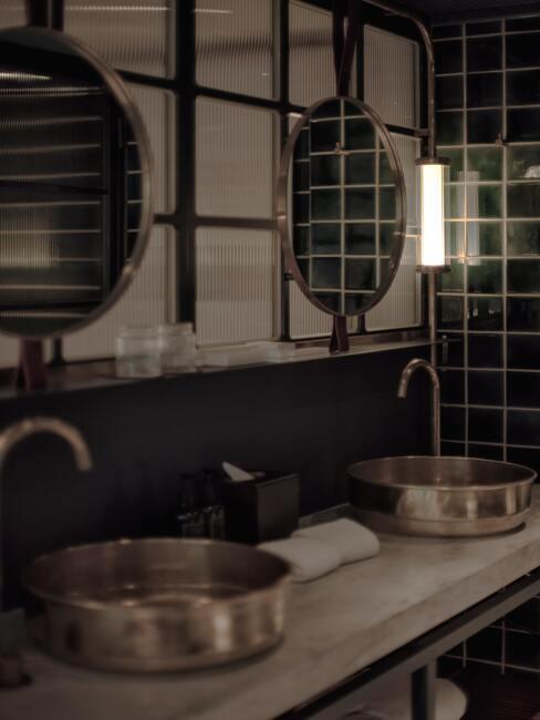 černá koupelna 12
