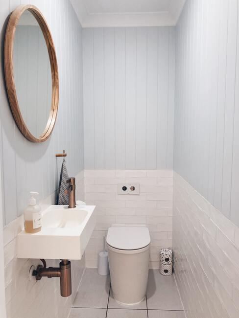 šedá koupelna inspirace