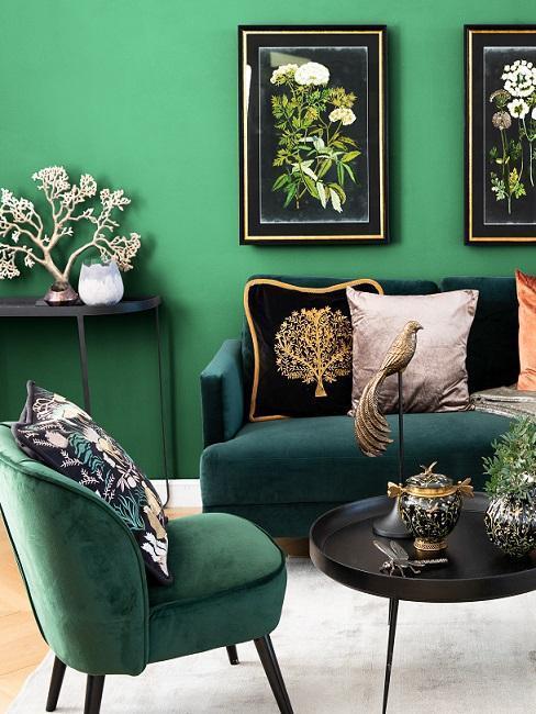 Tmavě zelená barva na zeď obývacího pokoje 2