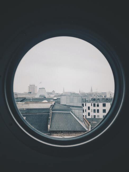 jak vybrat okna do domu