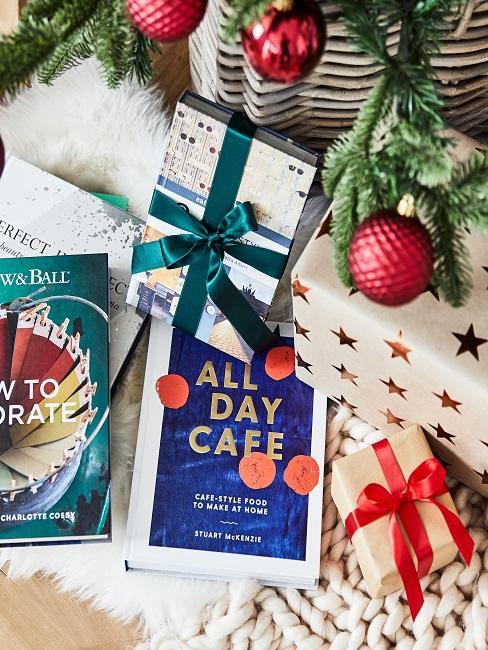 Bücher als Weihnachtsgeschenk