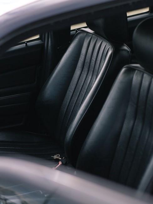 Polstermöbel reinigen im Auto