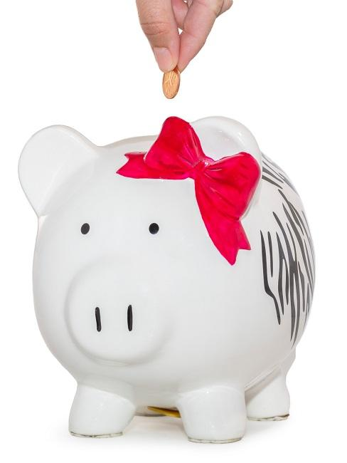 Weißes Sparschwein als Richtfest Geschenk