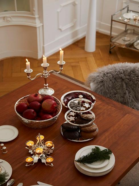 Winter dining table.